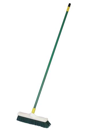 Метла для мытья и очистки доильного зала