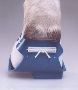 Башмак на копыто КРС (синий,большой)